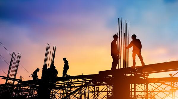 Byggarbetare på byggarbetsplats